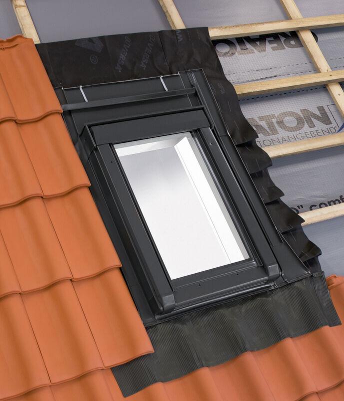 Fereastră pentru ieşire acoperiş  55 x 78 cm